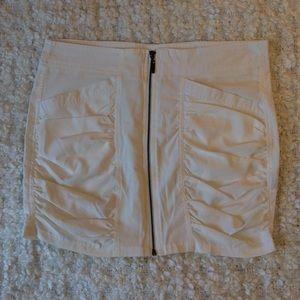 ruffled white mini skirt with zipper